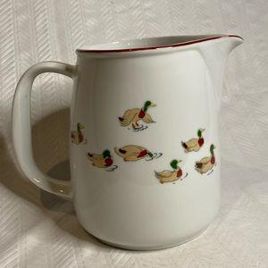 The Ducks porcelain pitcher by Taitu vintage.